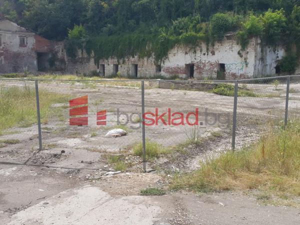 Предлага открит склад под наем 4000 кв.м. в гр. Русе